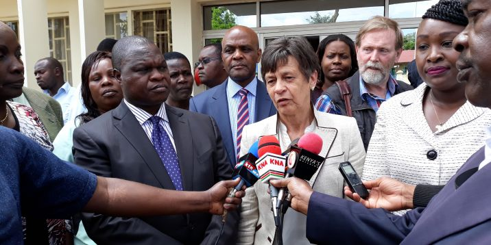 Kenya-Meeting_with_Officials_stakeholders II-7270-